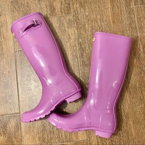 Hunter Tall Gloss Waterproof Rain Boots Lavender
